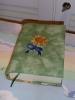 eine sonnenblumige Buchhülle